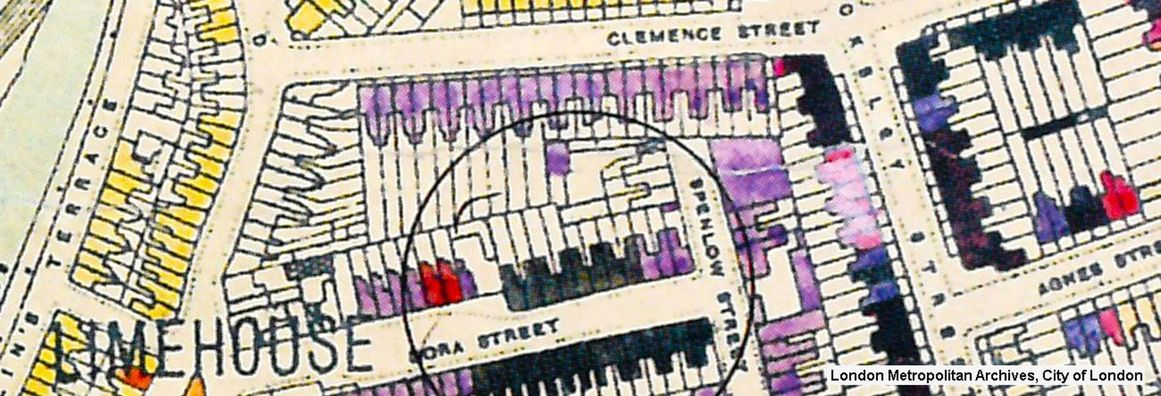 Map showing bomb damage to houses in London